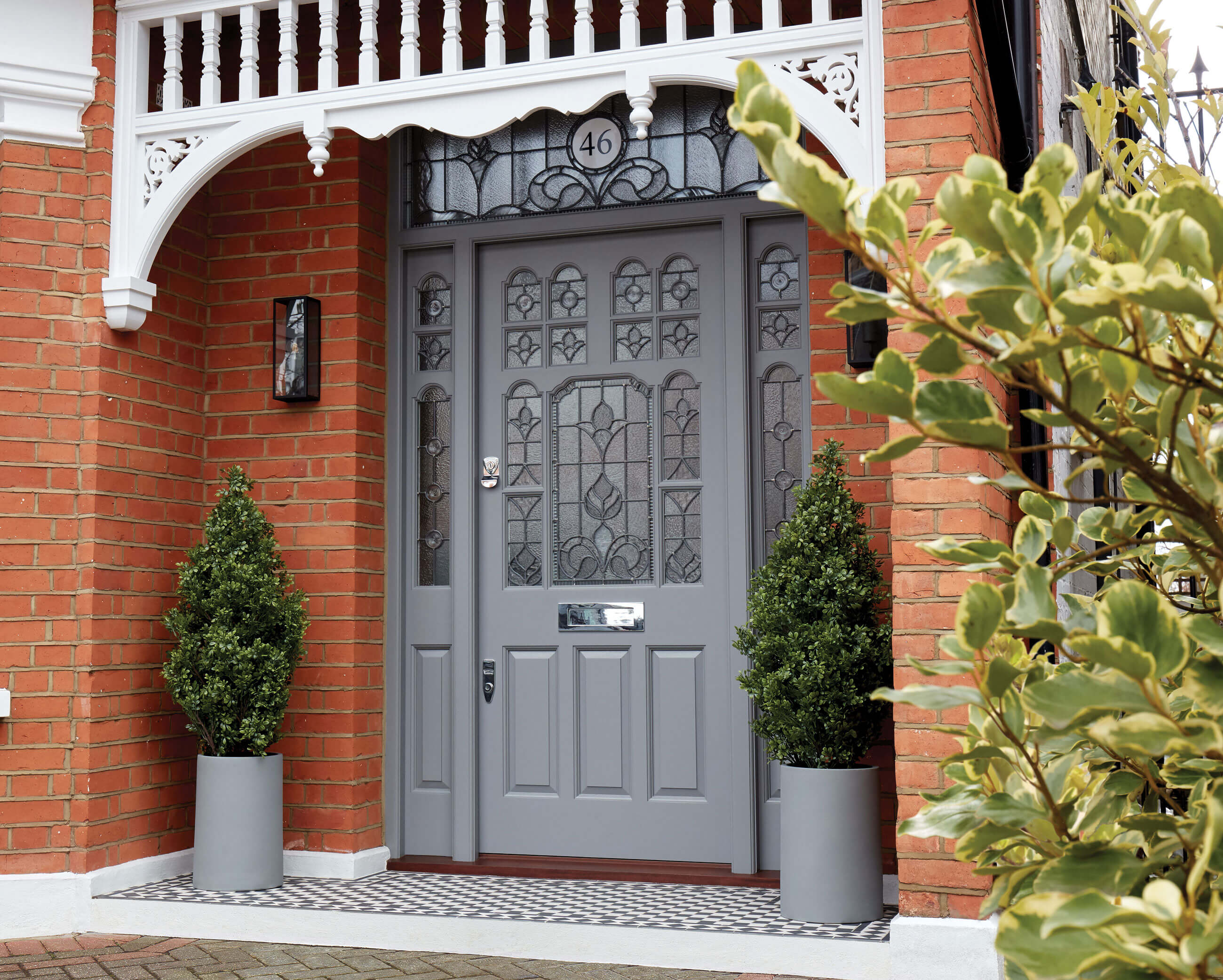 Your Step-By-Step Guide to Buying a New Front Door